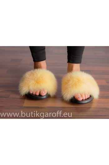 FLUFFY FUR SLIPPERS - LIGHT BEIGE