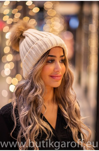 Winter cap with 2 pompons - grey