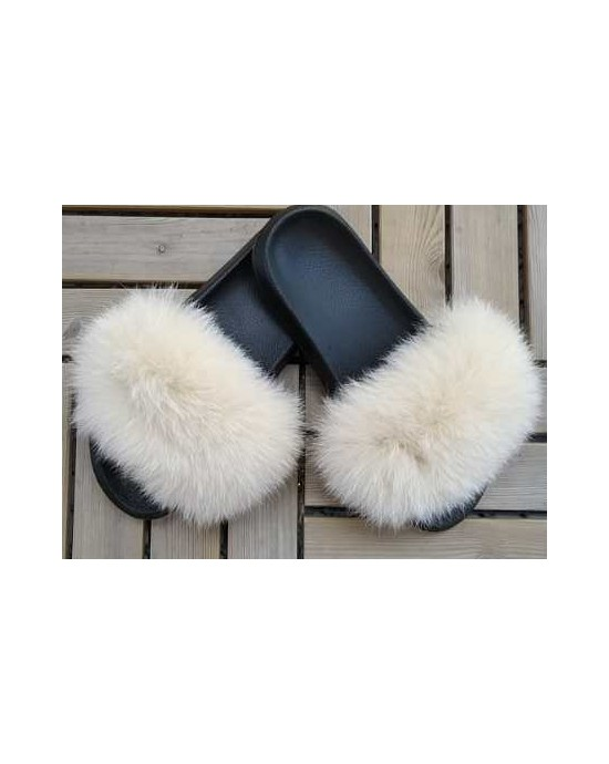 FLUFFY FUR SLIPPERS - BLACK